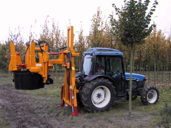 Tractor mounted tree spades   Damcon tree nursery equipment - Damcon